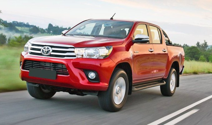 Review xe Toyota Hilux 2018